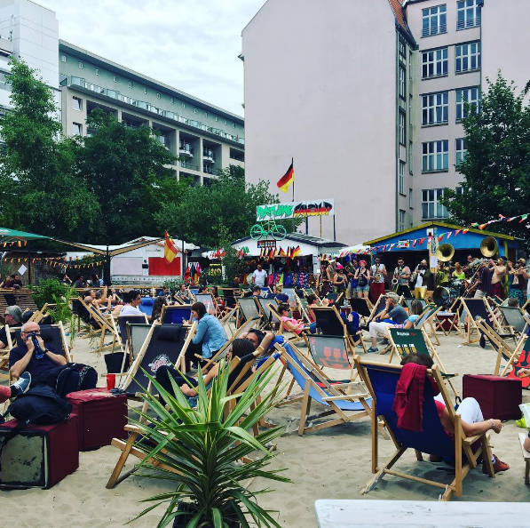Berlin-Beach-Bars