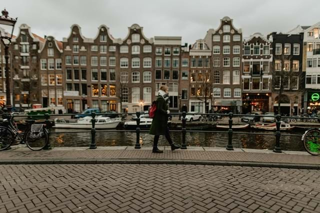 Amsterdam-s-Quirkiest-Attractions-Header-Image
