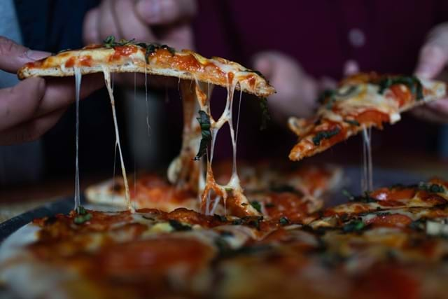 Where-to-find-the-best-pizza-in-Rome-Header-Image